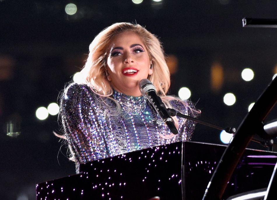 bbd134db65930d Lady Gaga   5 looks qu on veut absolument la voir porter pour son show à  Vegas - Puretrend