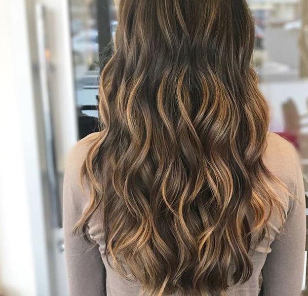 Couleur de cheveux caramel : et si on tentait ?