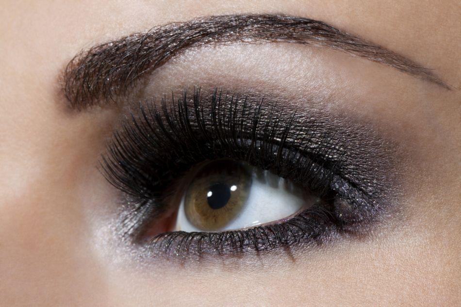 Bien-aimé Comment maquiller ses yeux pour le Nouvel An ? - Puretrend WV65