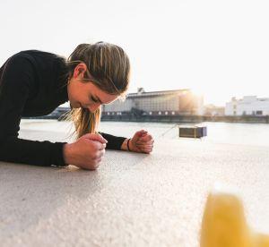 Gainage : 3 conseils pour bien adopter la planche au quotidien
