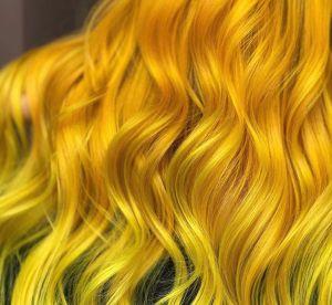 Tendance colo : le jaune est-il le nouveau blond?