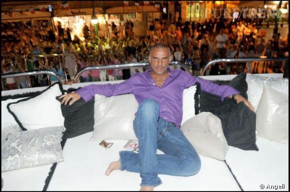 [brand=4294721886] Christian Audigier [/brand]  sur son yatch à Saint Tropez.