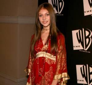 Taylor Momsen : des robes à fleurs aux porte-jaretelles