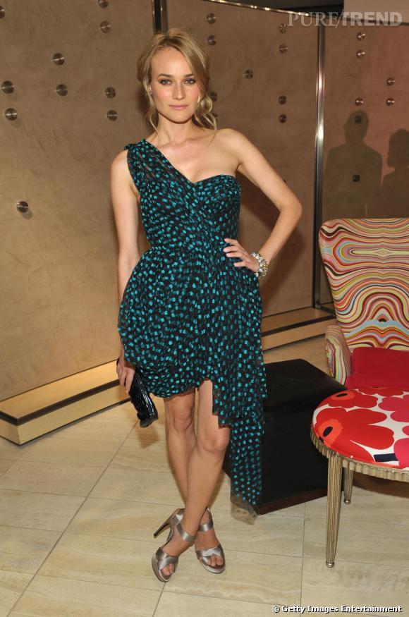 Diane Kruger semble spécialement taillée pour porter les créations de Jason Wu