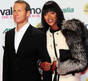 Naomi Campbell retourne sa veste... de fourrure