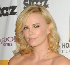 Charlize Theron : les coiffures d'une bombe sud-africaine