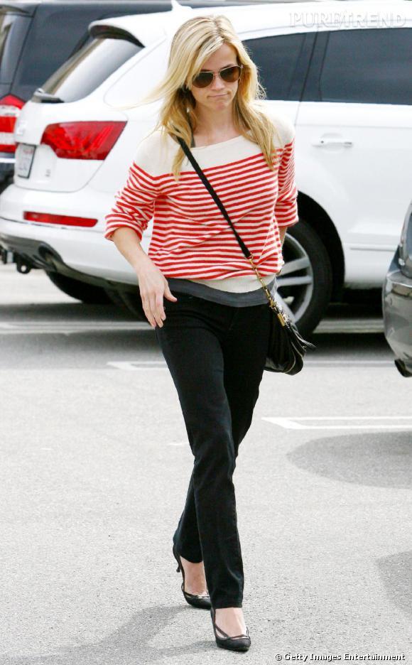 Reese Witherspoon porte la sienne en version rouge.