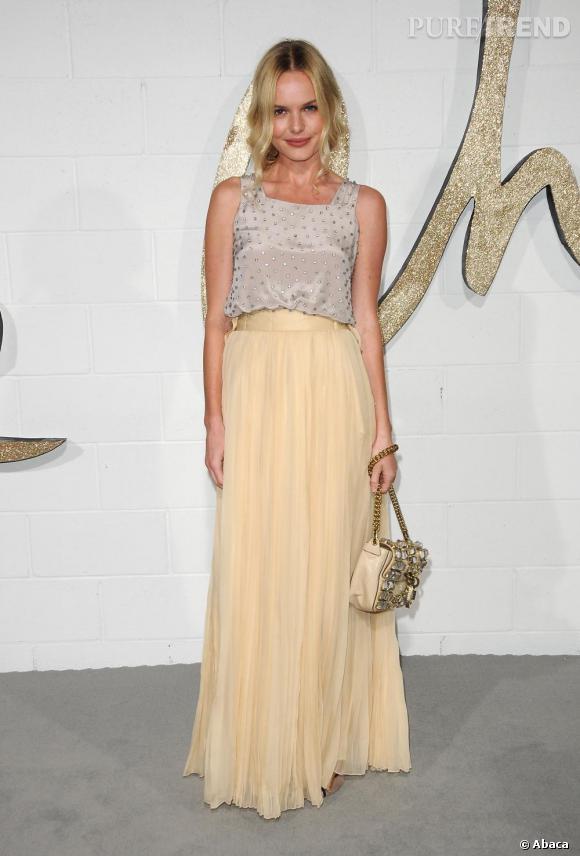 A nouveau en total look Chloé, Kate Bosworth a une allure romantique et glamour d'une grande élégance. Un look à copier pour la saison prochaine !