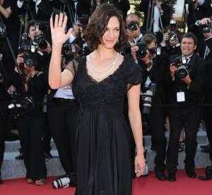 Cannes - Asia Argento étincelante en robe noire