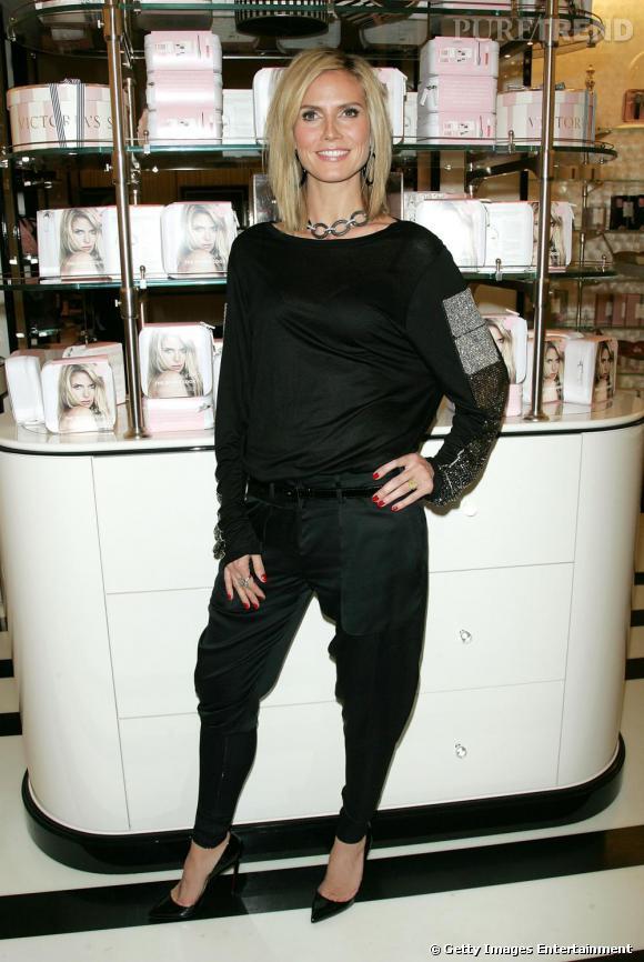Total look black pour Heidi en sarouel