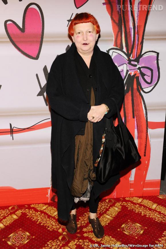 Lynn Yaeger reste fidèle à son look excentrique un brin oriental au défilé H&M.