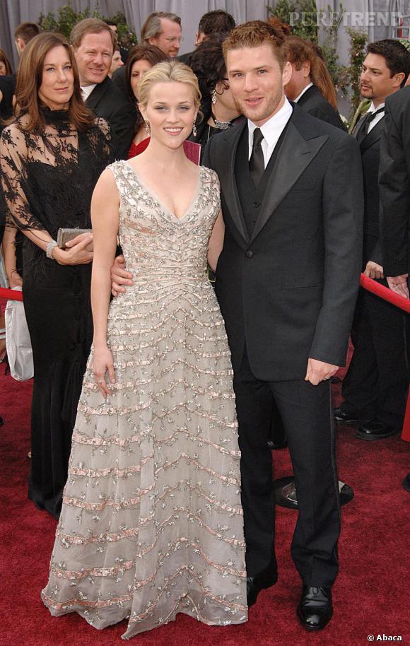 Lorsque deux des plus adorables acteurs d'Hollywood s'unissent ça nous donne le couple Reese Whiterspoon et Ryan Phillippe. Un peu banale à l'époque dans ses looks, Reese se transforme alors en véritable bête de mode.