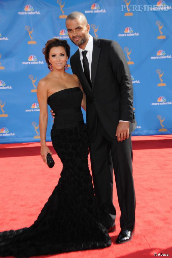 Avec Eva, Tony accède au glamour hollywoodien et ils deviennent un couple bling-bling. Misant sur le mimétisme, c'est total look black en dress code.    Sur qui on parie ?  Sur Eva Longoria, qui sans aucun doute repartira avec son sens du style... comme elle est venue.