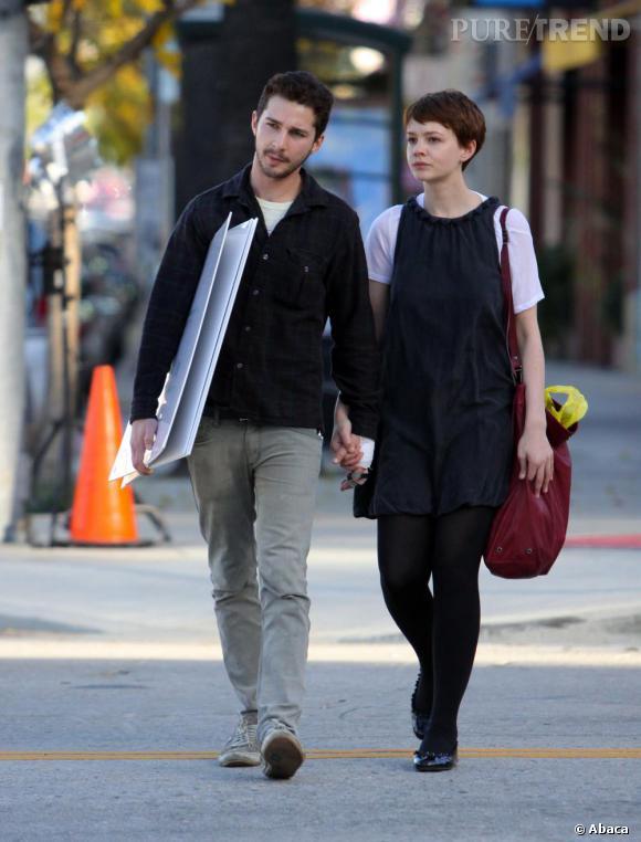 Lorsqu'ils décident d'officialiser leur relation, les deux acteurs se transforment en couple trendy-bohème dans l'air du temps. Monsieur quitte son allure d'éternel ado pour un look plus mature. Carey affiche un look un peu moins guindé.