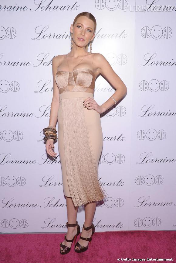 Blake Lively en robe Versace.