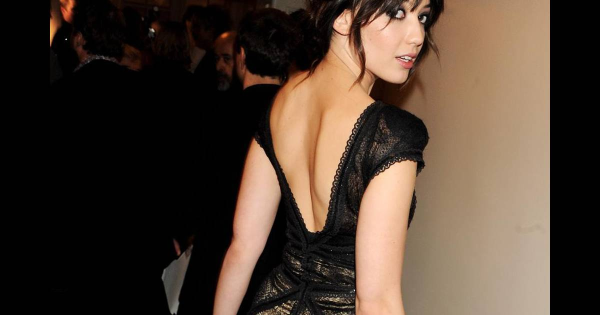 le look du jour daisy lowe poup e mystique. Black Bedroom Furniture Sets. Home Design Ideas