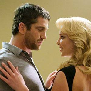 Habituée aux rôles de blonde pulpeuse à l'écran, Katherine Heigl fait succomber les hommes.