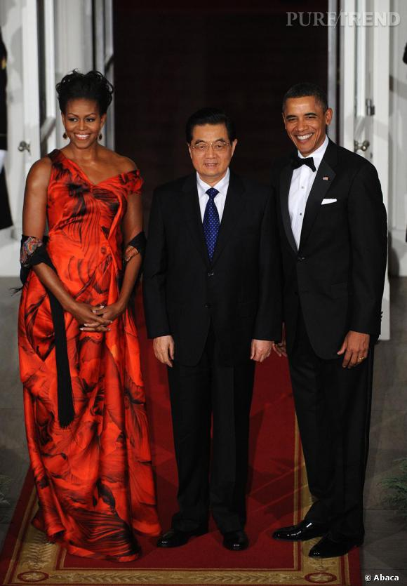 Michelle Obama reçoit le président chinois Hu Jintao, à la Maison Blanche, avec son mari le président américain Barack Obama.