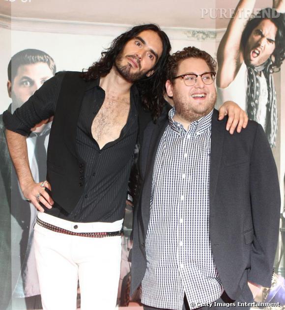 Jonah Hill, pote avec Monsieur Katy Perry, Russel Brand : les deux nouveaux sex-symbol (ou presque) de la machine hollywoodienne, que les producteurs s'arrachent. S'il s'est plutôt illustré dans des rôles de gentils nerd un peu neuneu, Jonah pourrait nous surprendre...