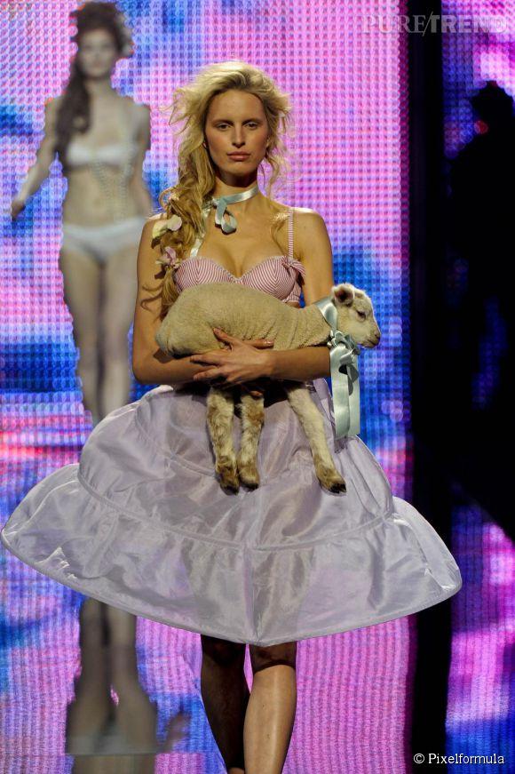Défilé Etam lingerie Printemps-Eté 2011.