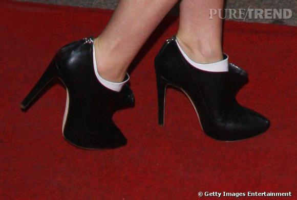 Les bottines bicolores de Gwyneth signées Rupert Sanderson.