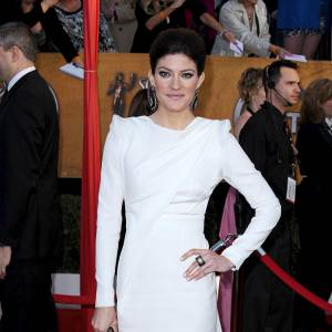 Sculpturale, Jennifer Carpenter sait se mettre en valeur.
