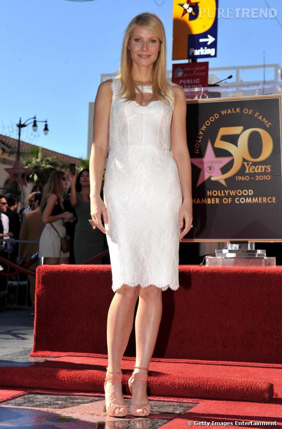 Gwyneth Paltrow, rétro en robe de dentelle printemps-été 2011.