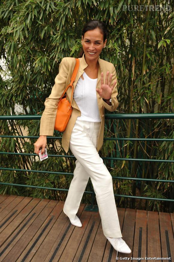 Un pantalon blanc comme Inès Sastre pour être chic à Roland Garros.
