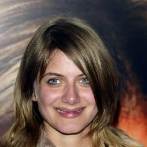 L'évolution beauté de Mélanie Laurent L'actrice est naturelle et se contente d'une petite touche de mascara.