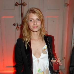 L'évolution beauté de Mélanie Laurent Tout en naturel, l'actrice mise sur un maquillage nude.