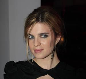 Cannes - Cécile Cassel vs Blake Lively : le décolleté découpé
