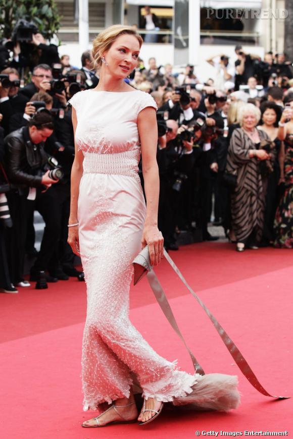 """Pour la première de """"Pirates des Caraïbes : la Fontaine de Jouvence"""", Uma Thurman a choisi de porter une robe Chanel Haute Couture."""