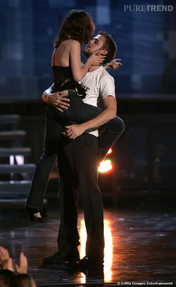 """Le mythique baiser de """"The Notebook"""" rejoué par Ryan et Rachel McAdams."""