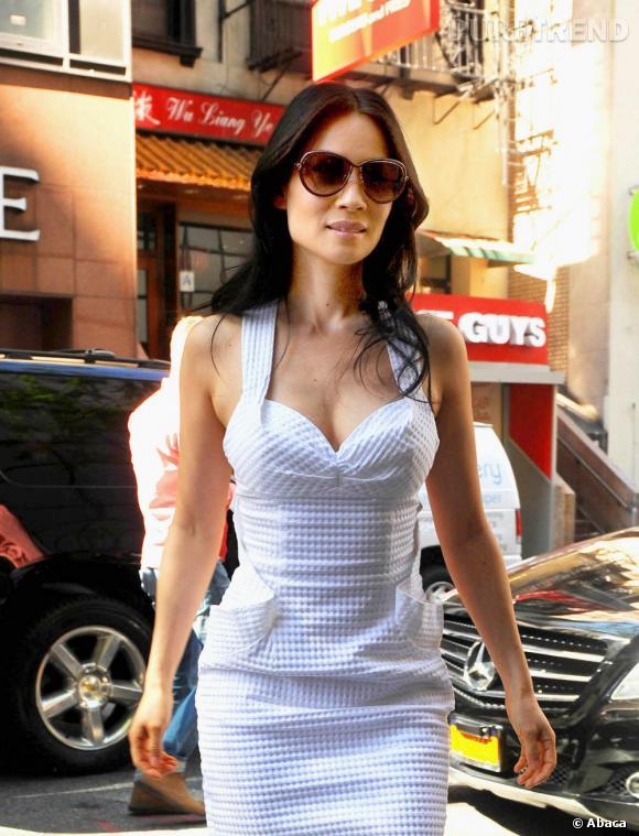 Lucy Liu, dans les rues de New York, avant de se rendre à une interview.