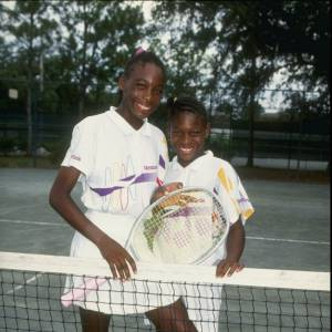 1992, le monde découvre deux futurs grands noms du tennis, Serena et Venus Williams.