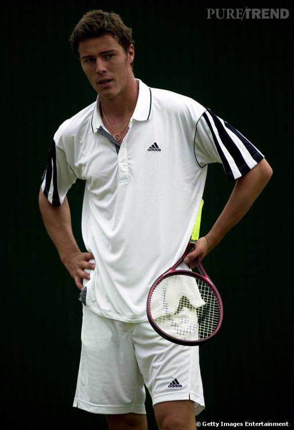 Années 2000, Marat Safin la joue jeune premier des courts de tennis.