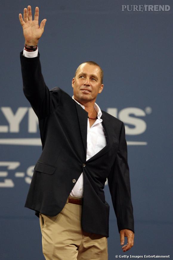 En 2011, Ivan Lendl est peut-être retraité mais il est aussi moins ringard.