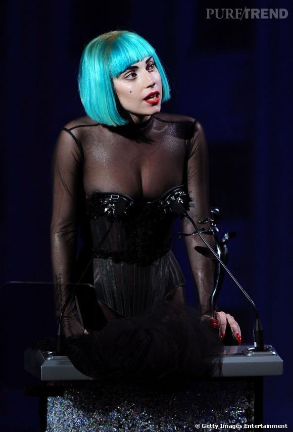 "Lady Gaga a reçu le prix convoité de ""Fashion Icon"" 2011."