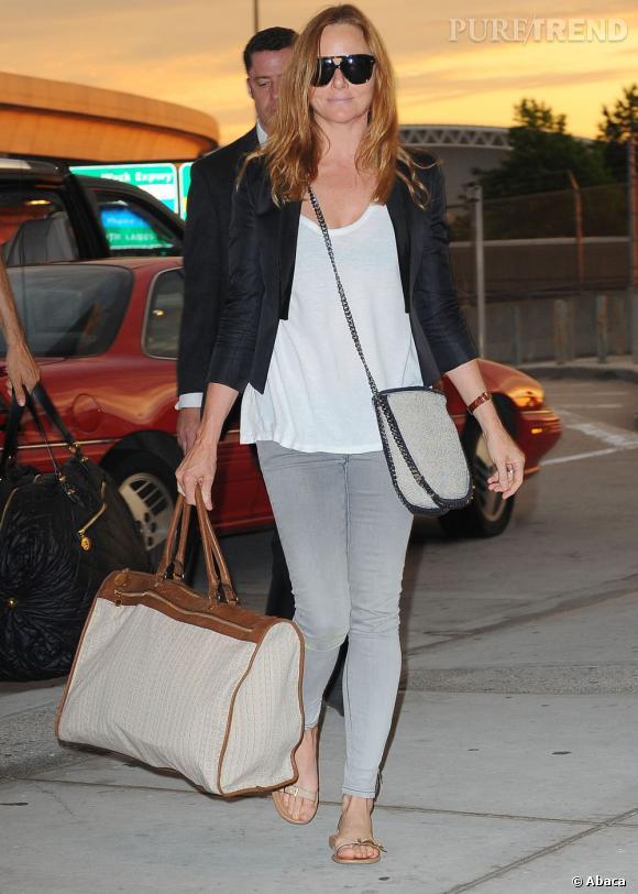 Stella McCartney, casual chic à l'aéroport de JFK, New York.