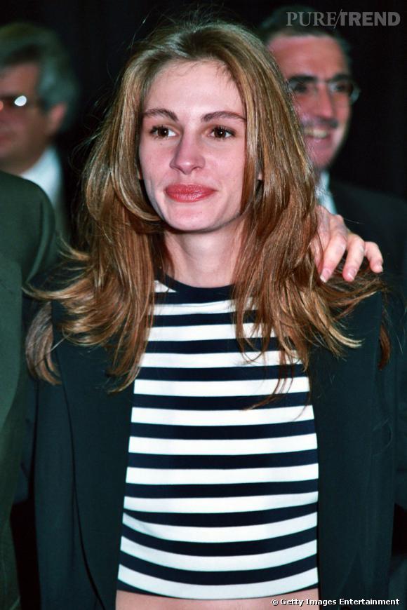 """Le pire """"beauty look""""  : Sourcils épais, teint brouillé, cheveux gras... Julia n'avait pas idée qu'il existait tout un tas de produits pour remédier à ces problèmes."""