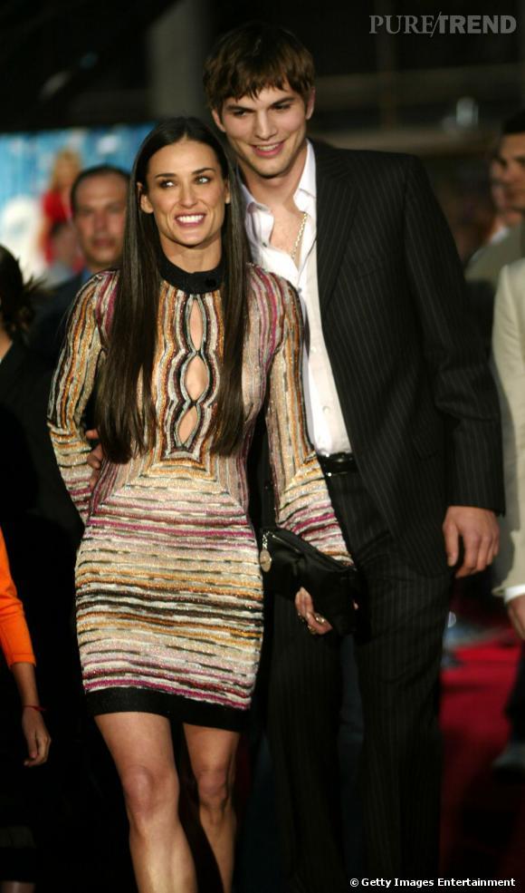 Première apparition officielle ensemble :  en 2003 Demi Moore s'affiche avec son nouveau crush : Ashton Kutcher. Un petit minet tout beau tout frais qui en fait baver plus d'une. Surtout lorsqu'il porte une chemise légèrement entrouverte. Elle, résolument sexy, porte une robe moulante, et raidit ses longs cheveux noirs.