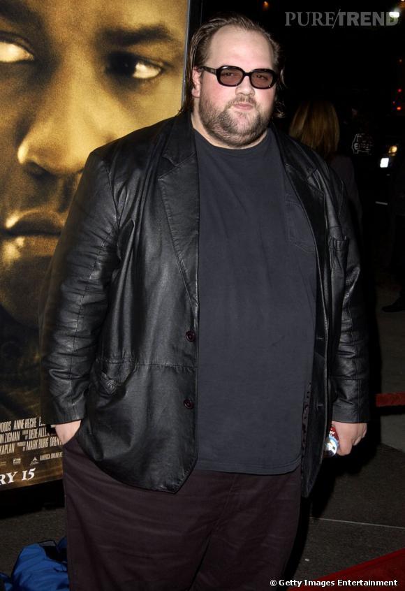 """Ethan Suplee au début de sa carrière dépasse les 200 kilos. On le connait surtout pour son rôle dans """"My Neam Is Earl"""", le frère de l'acteur principal... complétement idiot !"""