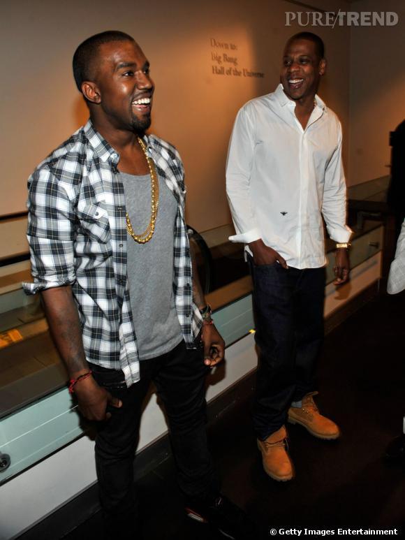 """Jay-Z et Kanye West, deux chanteurs stylés pour un seul album : """"Watch The Throne""""."""