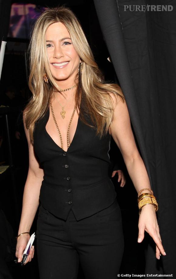 Jennifer Aniston  est l'ambassadrice du dégradé long. Une coupe de cheveux qu'elle porte version lisse comme wavy.