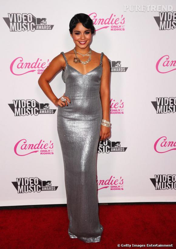 Vanessa Hudgens, scintillante pour l'after-party Candie's des VMA à Los Angeles.
