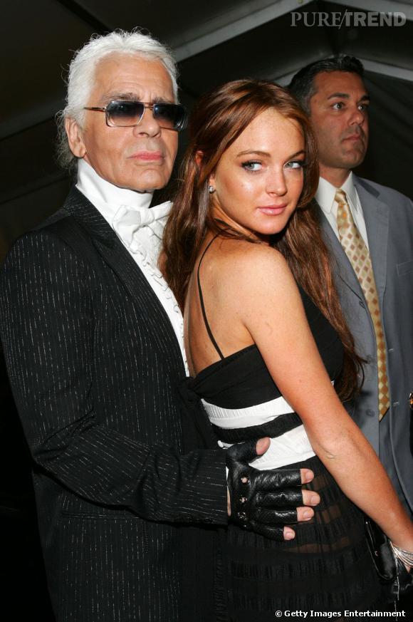Naturelle, tendance et féminine, en 2006 Lindsay est au top et copine avec le grand Karl.