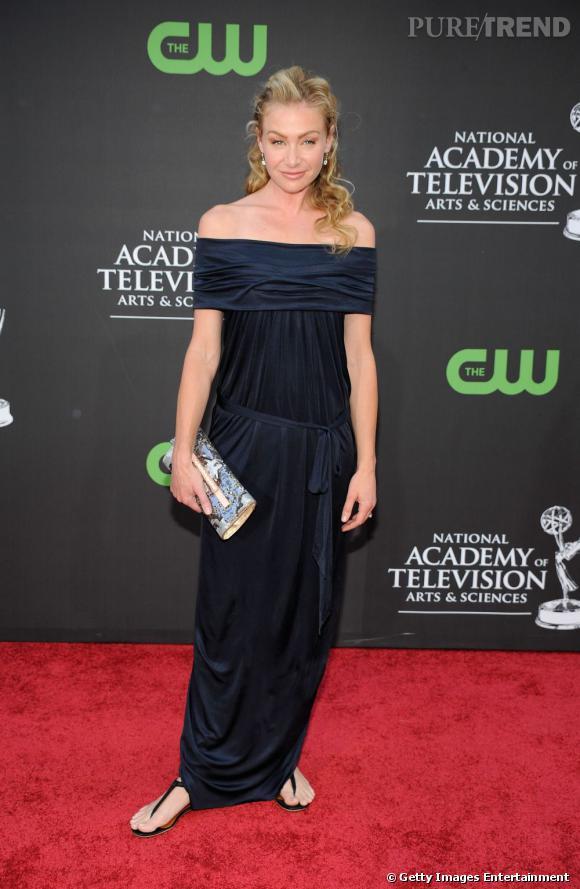 """Compagne d'une icône de la télévision américaine, Ellen DeGeneres, Portia de Rossi est surtout connue pour son rôle dans la série """"Ally McBeal"""". Dans la vraie vie, elle aime brouiller les pistes et l'Australienne Amanda Lee Rogers a décidé de s'offrir un nom italien à l'âge de 15 ans."""