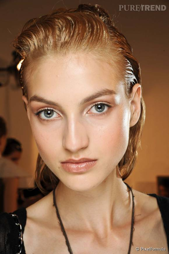Découvrez les soins visage spécial peau grasse.