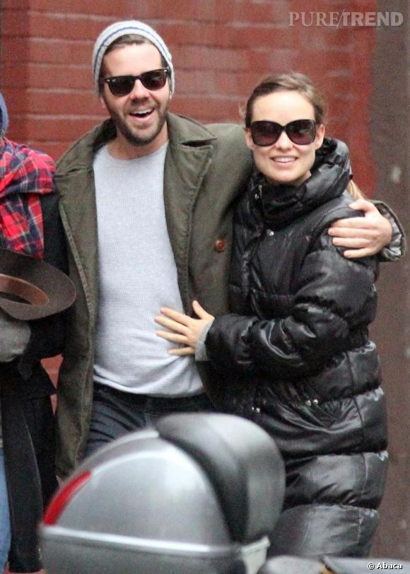 Olivia Wilde et un inconnu, en balade dans les rues de New York.