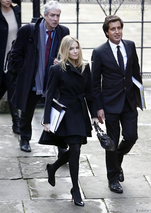 Avec un style aussi chic, Sienna Miller a toutes les chances de convaincre la cour.